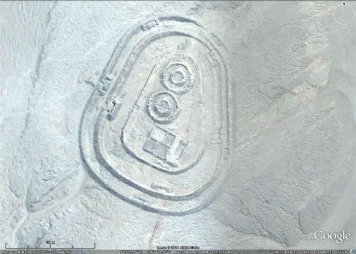 Chankillo — древний монументальный комплекс на пустынном побережье Перу
